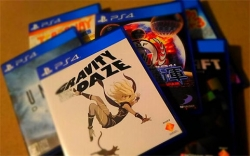 PS4ゲームソフトを選ぶなら、安くて特典満載のデラックス版がおすすめ!