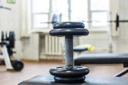 自宅でダイエットやトレーニングをしても成果が出にくい本当の理由