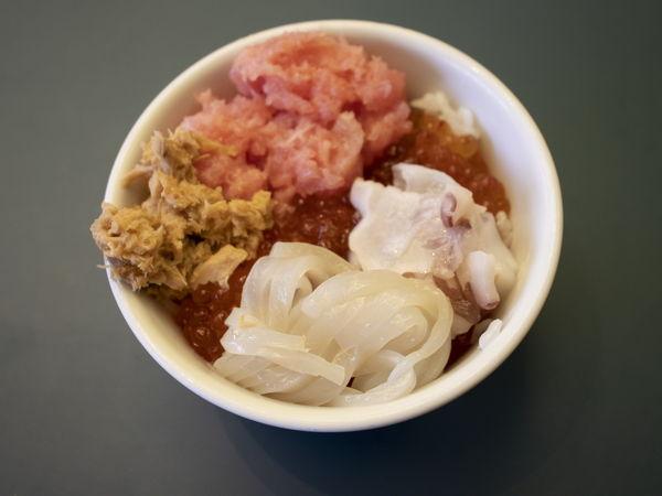 グレイスリー札幌海鮮丼