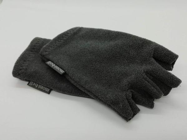 モンベル指ナシ手袋